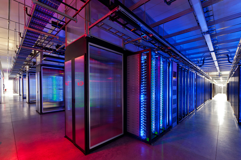 a-look-inside-the-facebook-data-center-4