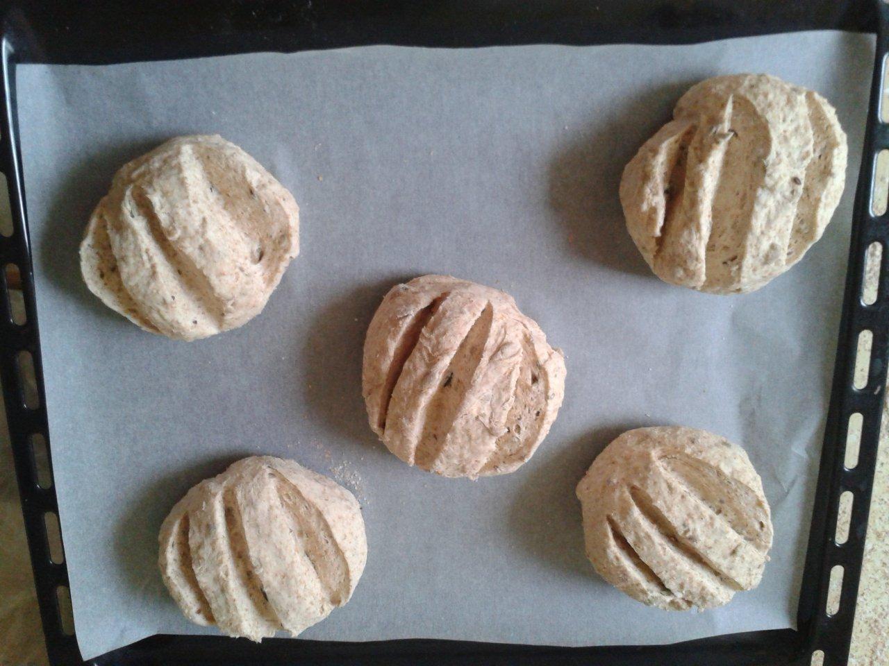 sokmagvas barna kenyér